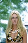 Photo couleur Brigitte Bardot en maillot de bain