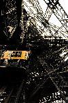 Ascenseur de la tour Eiffel, Paris.
