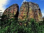 Photo rocher montagneux en Angola