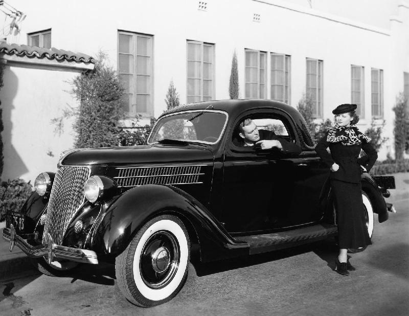 photo noire et blanche voiture ancienne acheter photo noire et blanche voiture ancienne 46140. Black Bedroom Furniture Sets. Home Design Ideas