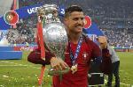 Photo Cristiano Ronaldo vainqueur Coupe d'Europe avec le Portugal