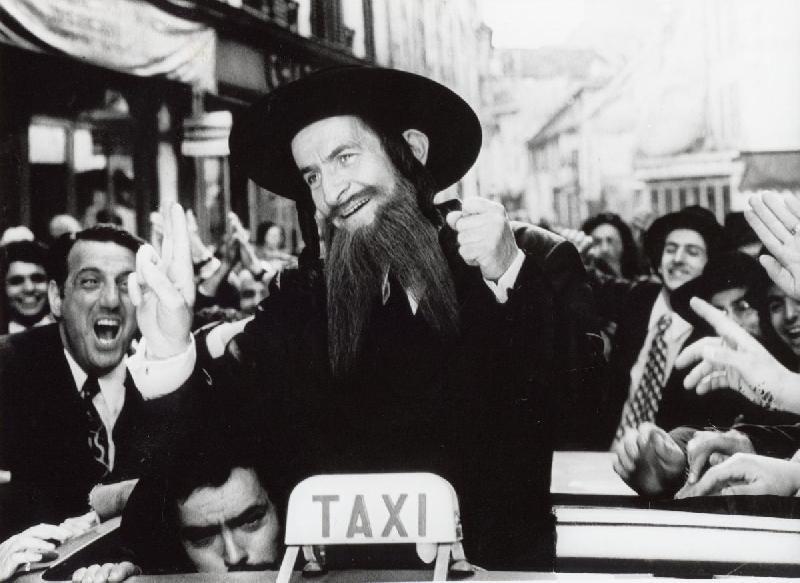 Photo noir et blanc louis de fun s dans rabbi jacob for Dans rabbi jacob