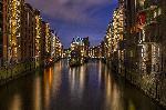 Photo de nuit de la ville de Hambourg en Allemagne