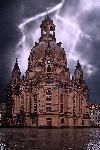 Photo de la cathédrale de Dresden sous l'orage en Allemagne
