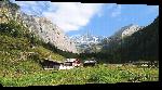 Toiles imprimées Photo ferme en montagne Alpes Autriche